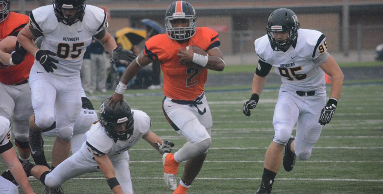 Photo for Midland football loses finale, posts first winning season in five years