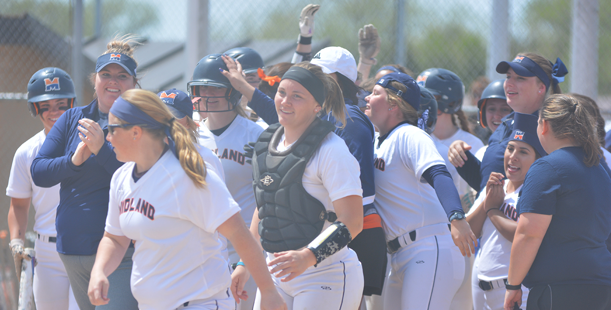 Photo for Wolzen delivers two walkoffs as Lady Warriors sweep DWU
