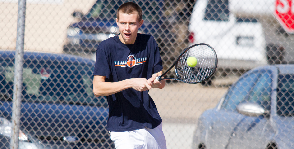 Photo for Men's tennis earns first GPAC win of season