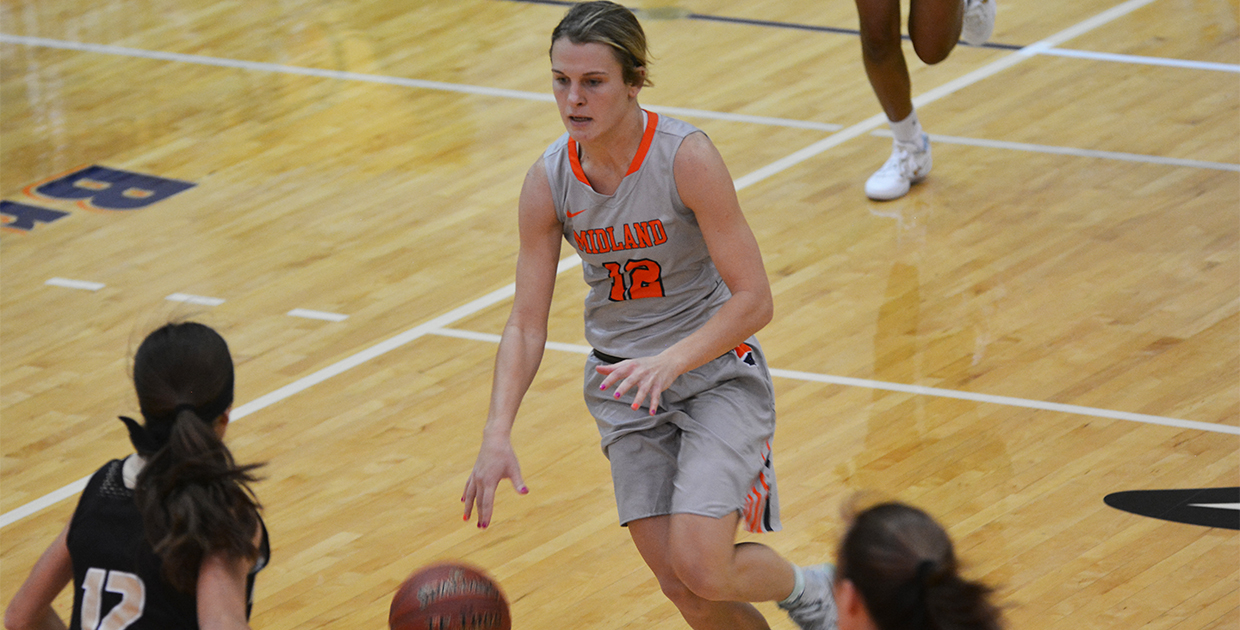 Photo for Lady Warriors down Nebraska Wesleyan, off to best start in a decade