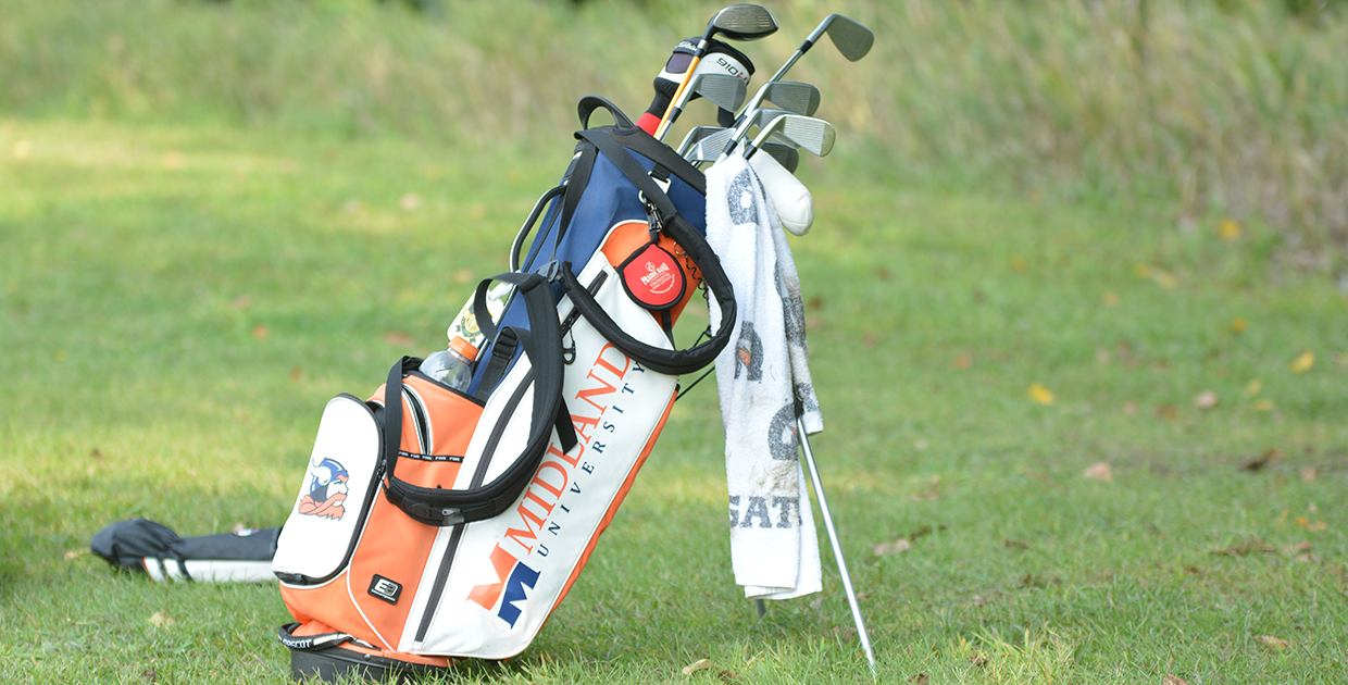 Midland University S Men Golf Team Found Warmer Weather But Had To Battle Major Winds As They Competed In The Desert Collegiate At Club Terra